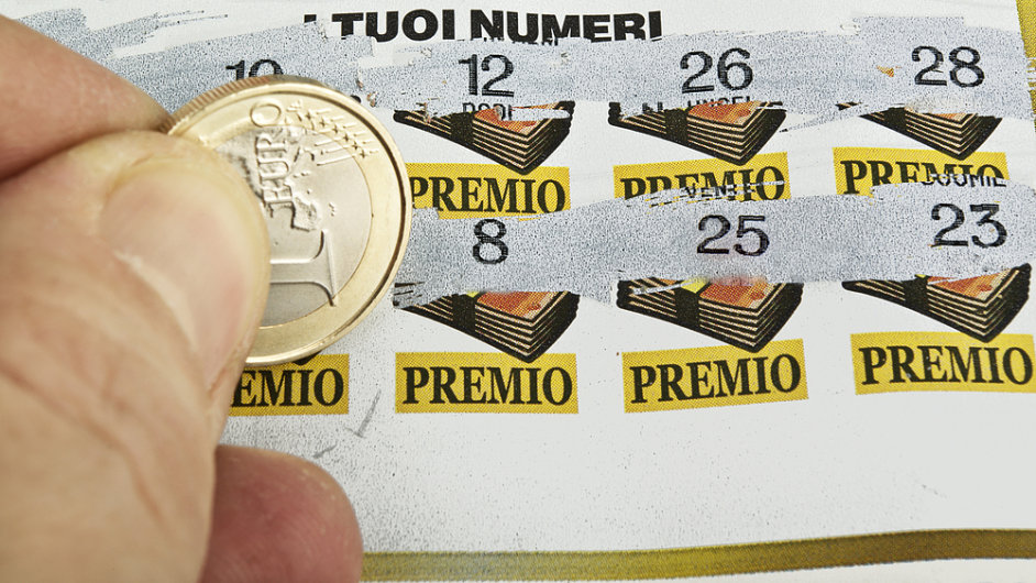Místo stíracích losů budou Slováci hledat štěstí v účtenkách z registrační pokladny. (Ilustrační foto)