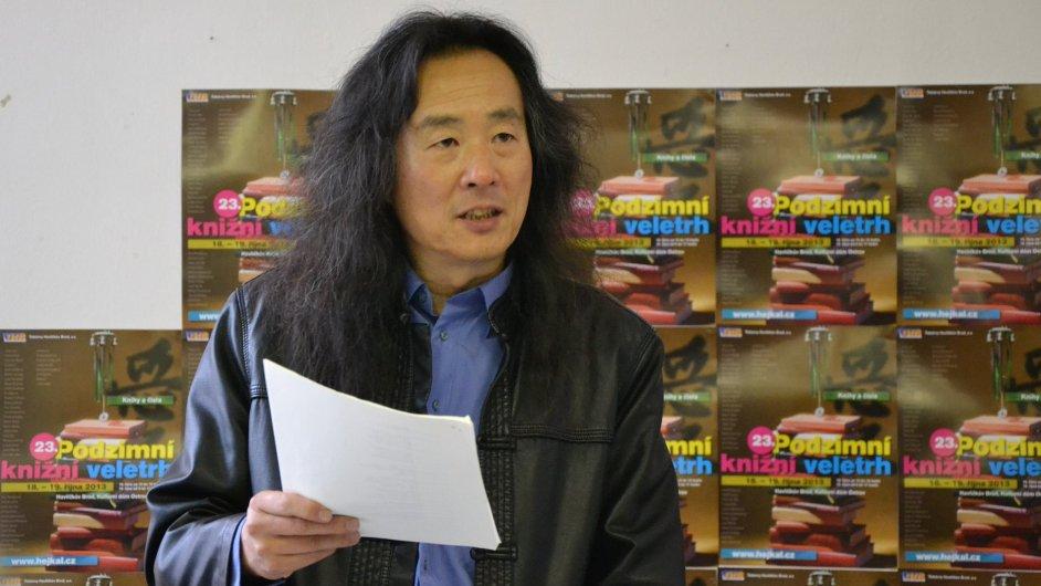 Jang Lien na Podzimním knižním veletrhu.