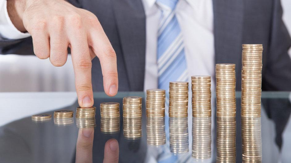 Zvýšení minimální mzdy může uškodit. Ale až tak od úrovně 12 000 korun výše (ilustrační foto).