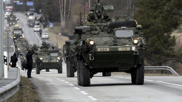 F�rum HN: Vad� v�m pr�jezd arm�dn�ho konvoje USA p�es �zem� �eska?