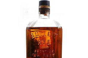 Whiskey Bulleit Rye: Nenápadný půvab žita ve sklenici a voják z Vietnamu