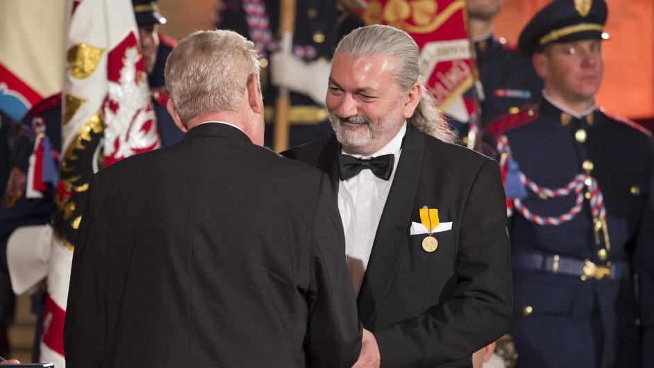 Prezident Miloš Zeman při příležitosti svátku Dnevzniku samostatného československého státu uděloval28. října na Pražském hradě státní vyznamenání.