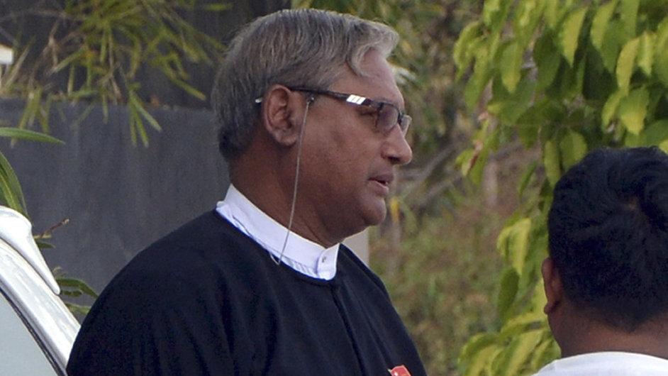 Barma právník Ko Ni