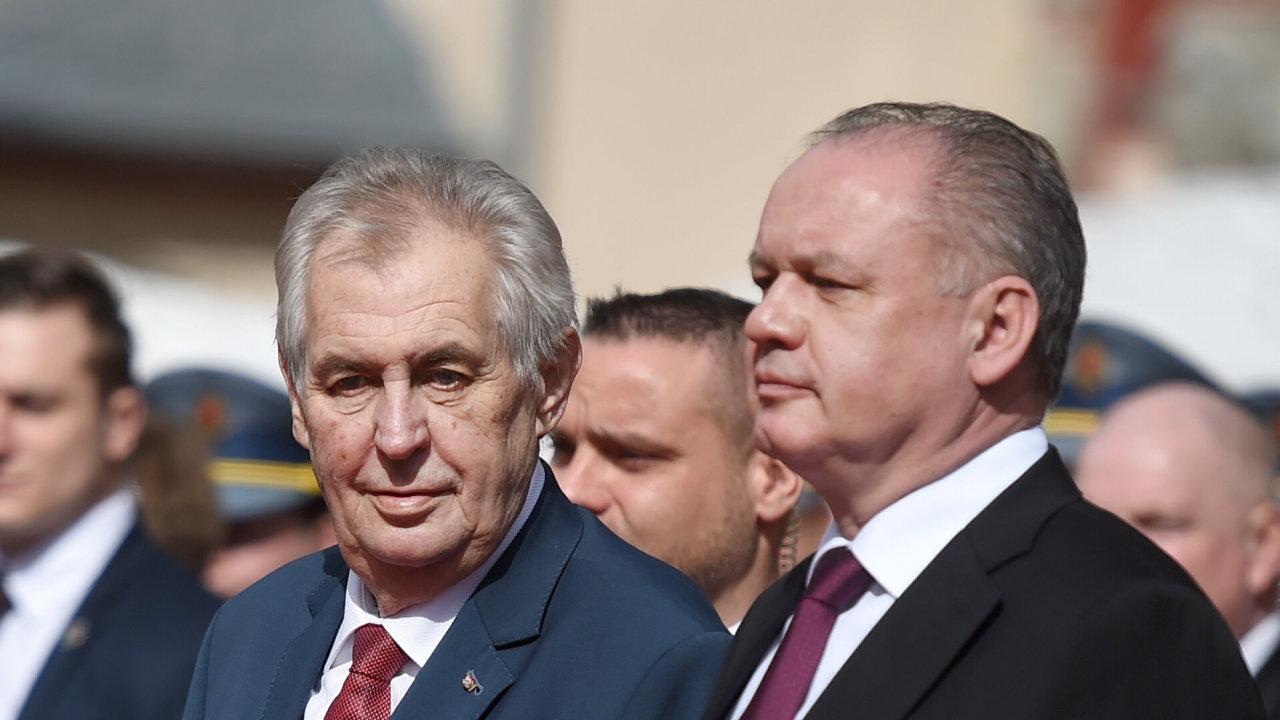 Český prezident Miloš Zeman a slovenský prezident Andrej Kiska.