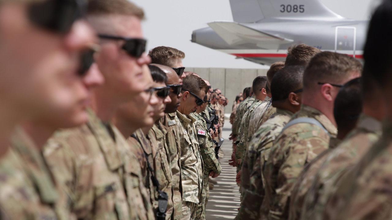 Vojáci v Bagrámu, Afghánistán
