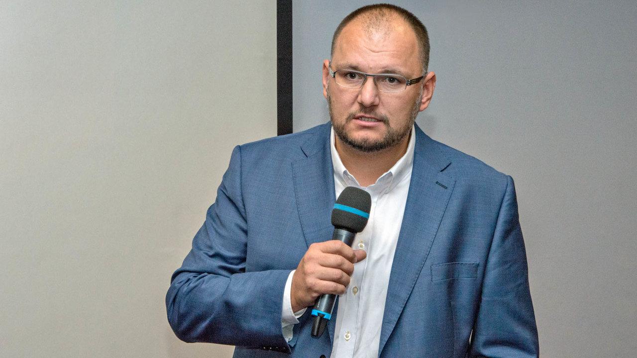 Obviněný Aleš Pangrác (nasnímku zroku 2017) se domnívá, že byl ze státní agentury vyhozen protiprávně.