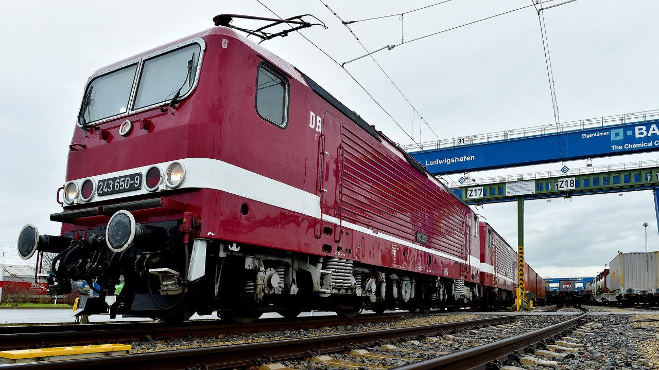 Vlak do Číny.