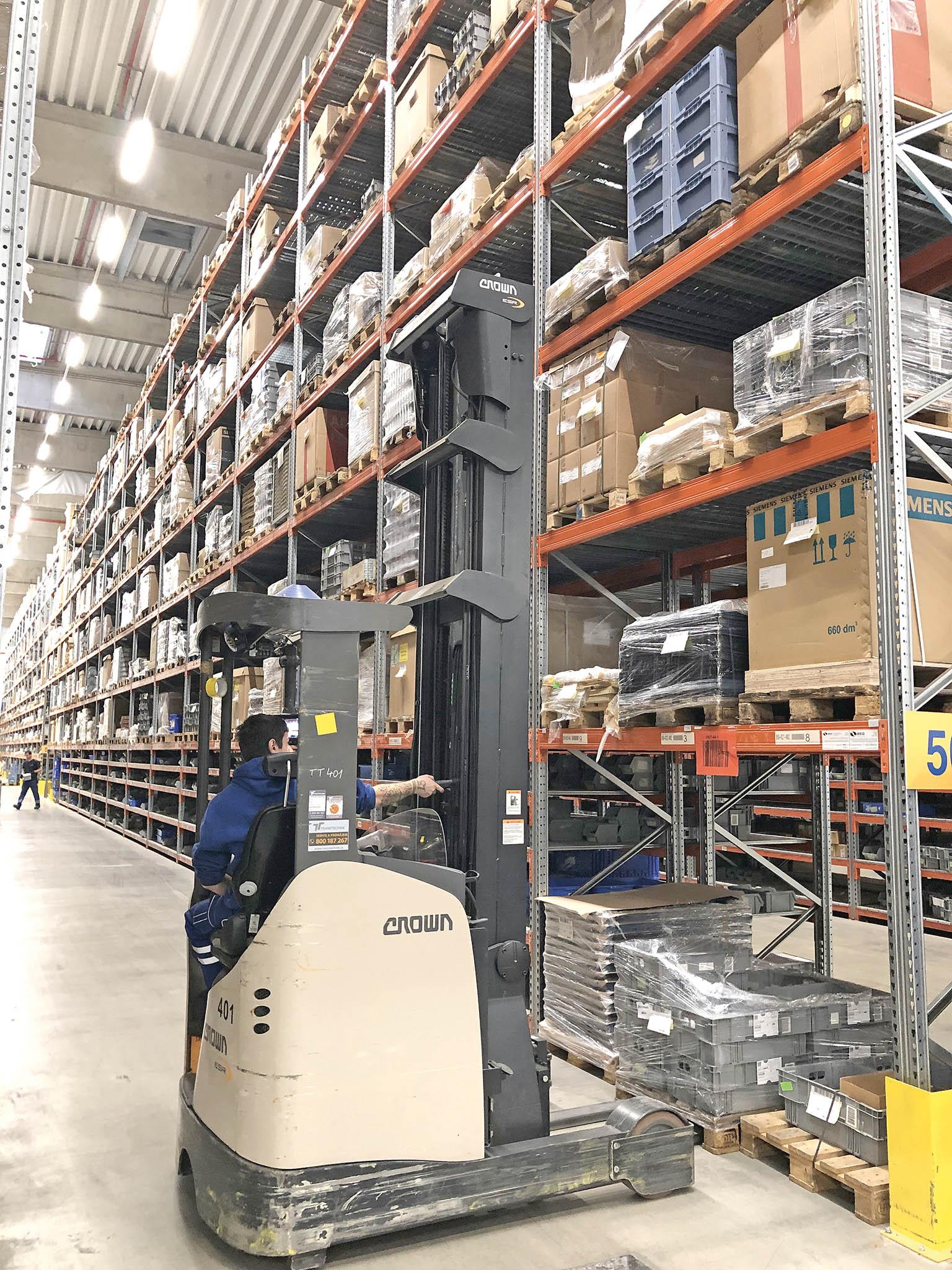 Štíhlá logistika ve skladu Dachseru vLetohradu.