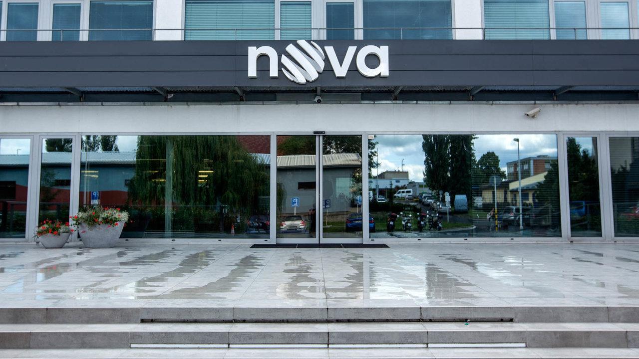 Evropská komise schválila prodej mediální společnosti CME, jejíž klíčovou součástí je česká televize Nova, skupině PPF Petra Kellnera.