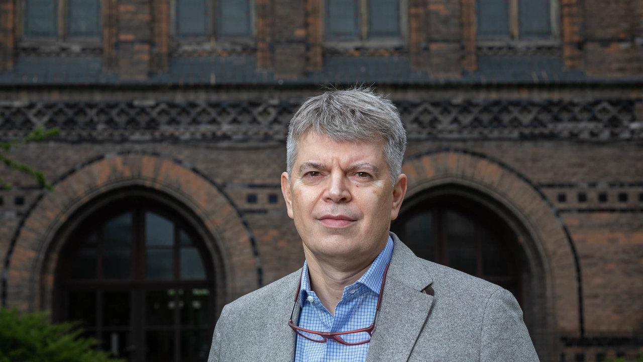 Prof. MUDr. David Cibula prezident Evropské společnosti gynekologické onkologie. Praha