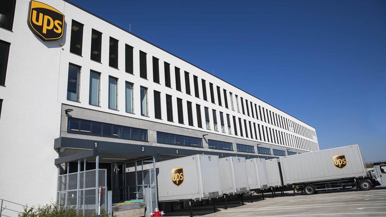 Nové logistické centrum UPS v Tuchoměřicích.