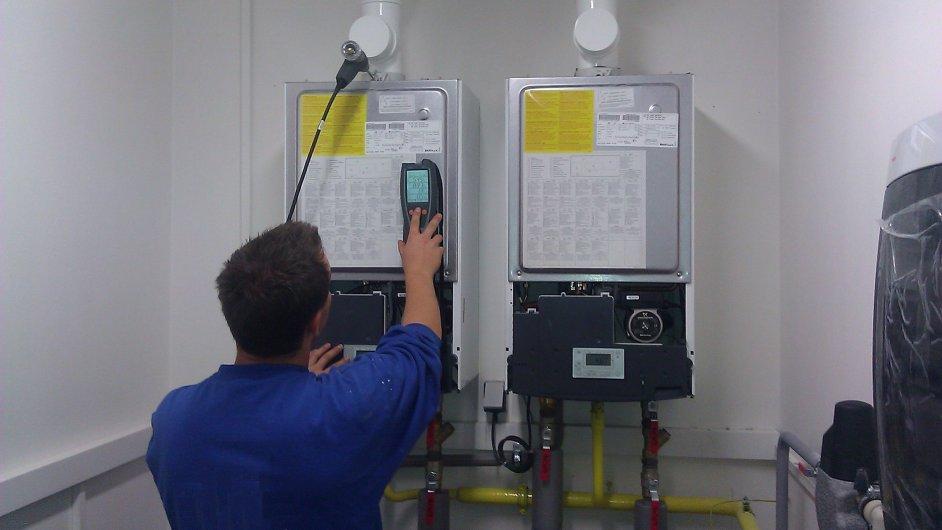 """Pokud zařízení napojené na plyn nespravuje právnická osoba, která musí revizi zařídit minimálně jednou za tři roky, zákon neobsahuje na odběratele žádné """"páky"""""""