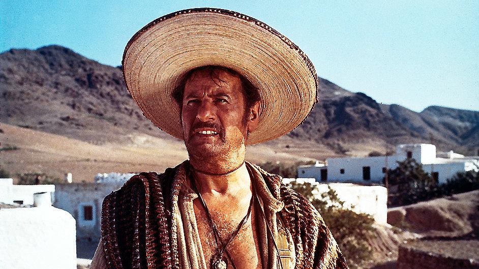 Wallach si zahrál například banditu Tuca ve westernu Hodný, zlý a ošklivý.