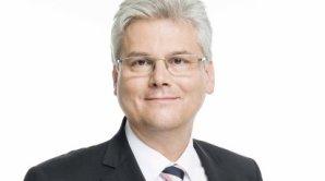 JUDr. Ing. Miloslav Ludv�k, MBA