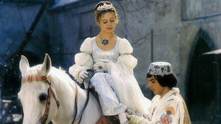 Popelka patří k nejsledovanějším pořadům Vánoc. Letos ji vysílá Prima.