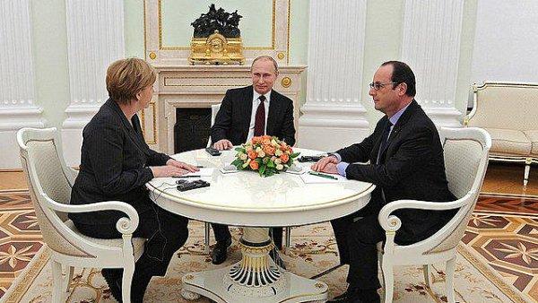 Setkání Vladimira Putina, Angely Merkelové a Francoise Hollanda.