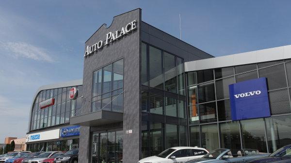 Nejprod�van�j�� zna�kou Auto Palace byl Ford.