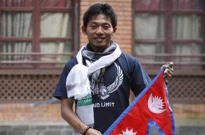 Na Mount Everest se na podzim vydá první horolezec. Japonský dobrodruh se nebojí zemětřesení ani omrzlin