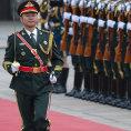 Siln� mu� Si �in-pching: P�ehl�dka v Pekingu m� nejen uk�zat nejmodern�j�� vojenskou techniku, ale tak� pos�lit postaven� ��nsk�ho prezidenta.