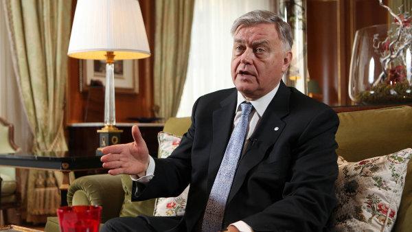 Bývalý prezident ruských železnic Vladimir Jakunin buduje analytické centrum.