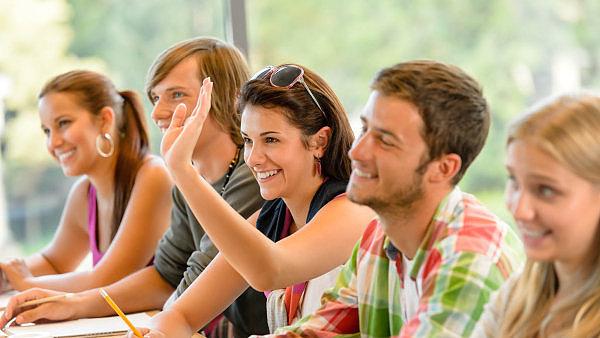 Čeští vysokoškoláci se chtějí v práci cítit dobře - Ilustrační foto.