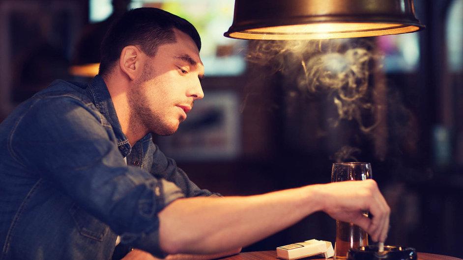 Česko patří mezi země s největším počtem kuřáků.