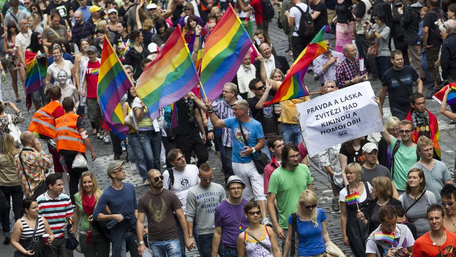 Pochod homosexuálů v centru Prahy