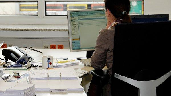 Firmy často neumí potenciální zaměstnance zaujmout.
