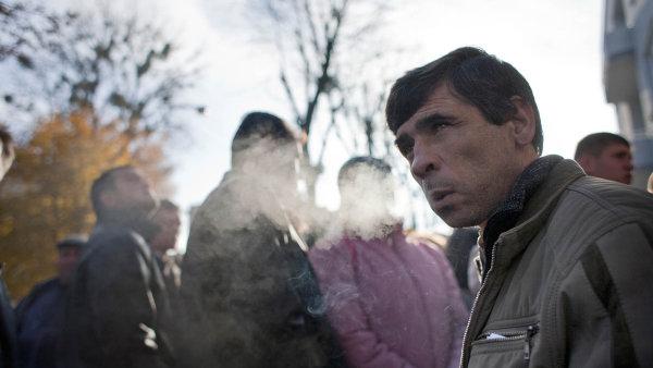V roce 2015 bylo v Česku 464 700 cizinců. Nejvíce je Slováků a Ukrajinců - Ilustrační foto.