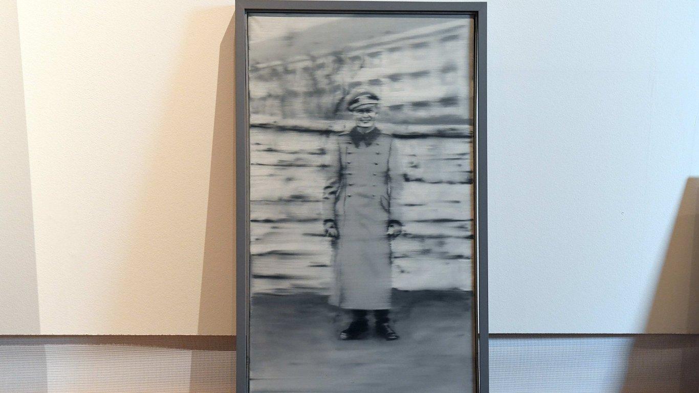 Snímek z páteční instalace děl Gerharda Richtera v Národní galerii.