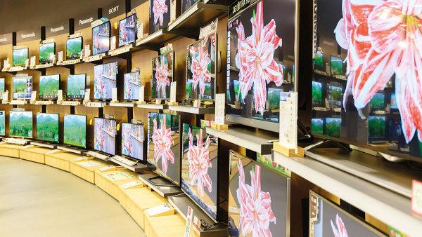 Marketingový boj prodejců elektroniky probíhá na internetu i v kamenných prodejnách (ilustrační foto).
