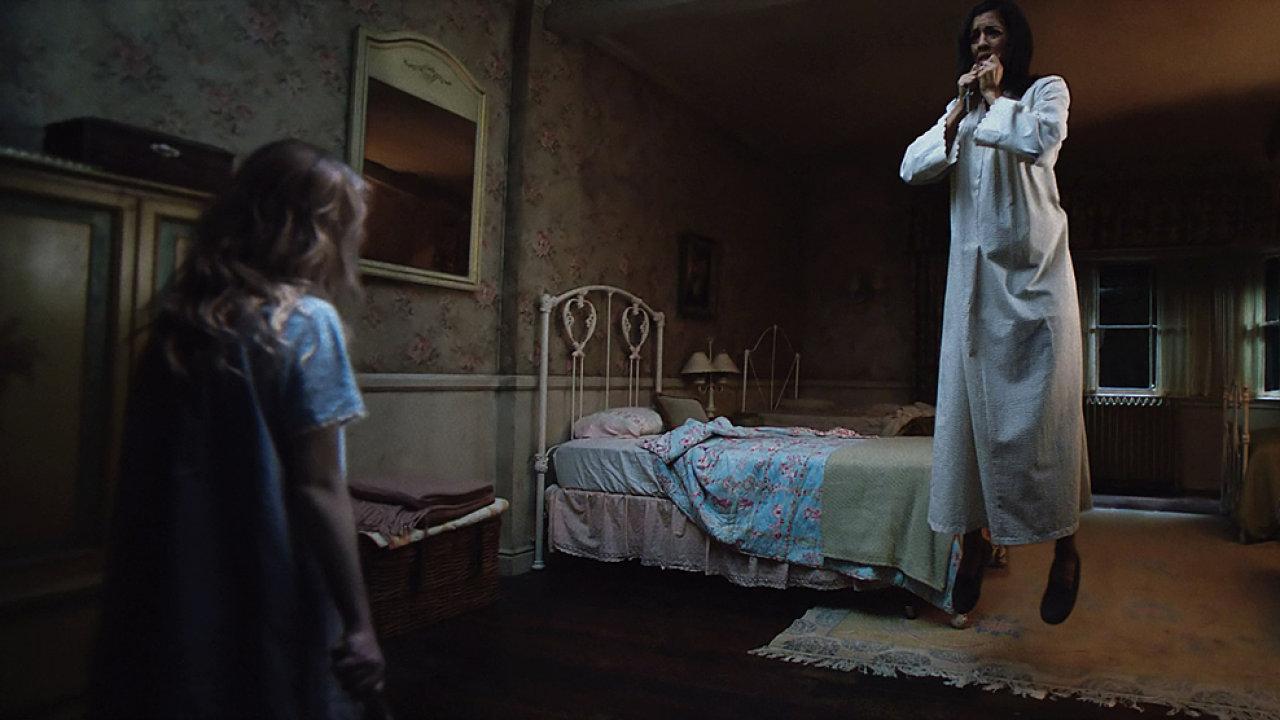 Hororový snímek Annabelle 2: Zrození zla od uplynulého čtvrtka promítají také česká kina.
