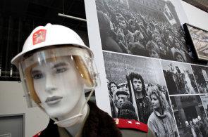 Jiří Stránský otevřel novou expozici Muzea komunismu, zaměřuje se na studenou válku, uranové doly či StB