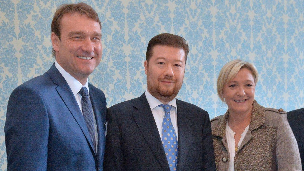 Poslanci Radim Fiala a Tomio Okamura se setkali s předsedkyní francouzské Národní fronty Marine Le Penovou.