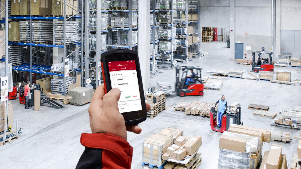 Aplikace pro řízení flotily manipulační techniky Linde Truck Call
