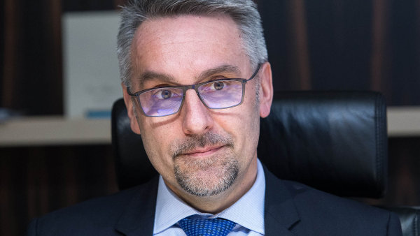 Ministr vnitra v demisi Lubomír Metnar.