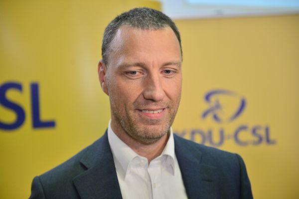 Jan Wolf ve volebním štábu KDU - ČSL