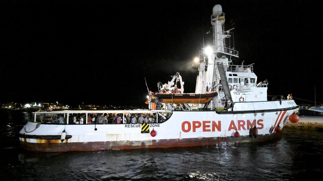 Humanitární loď Open Arms