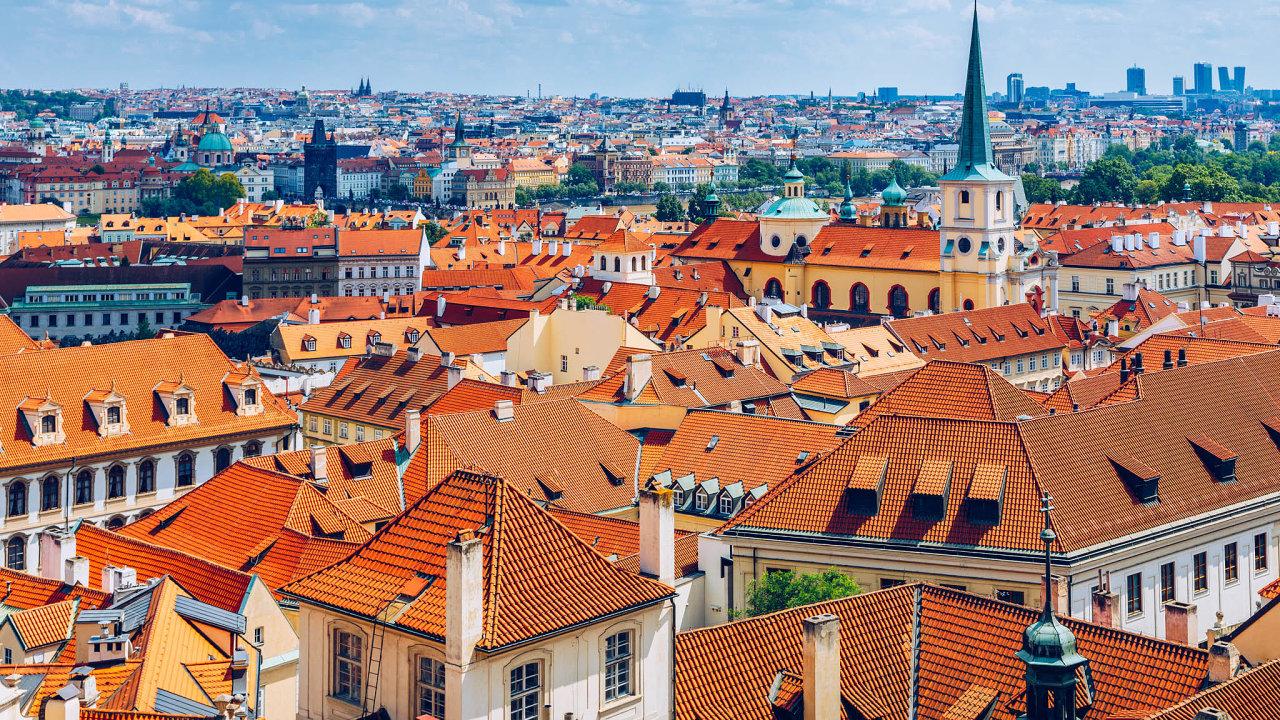 Bydlení nejspíš podraží: Necelé dvě třetiny pražských radnic chtějí zvýšit daň znemovitosti. Peníze zdaně použijí naopravy aúdržby nasvém území.