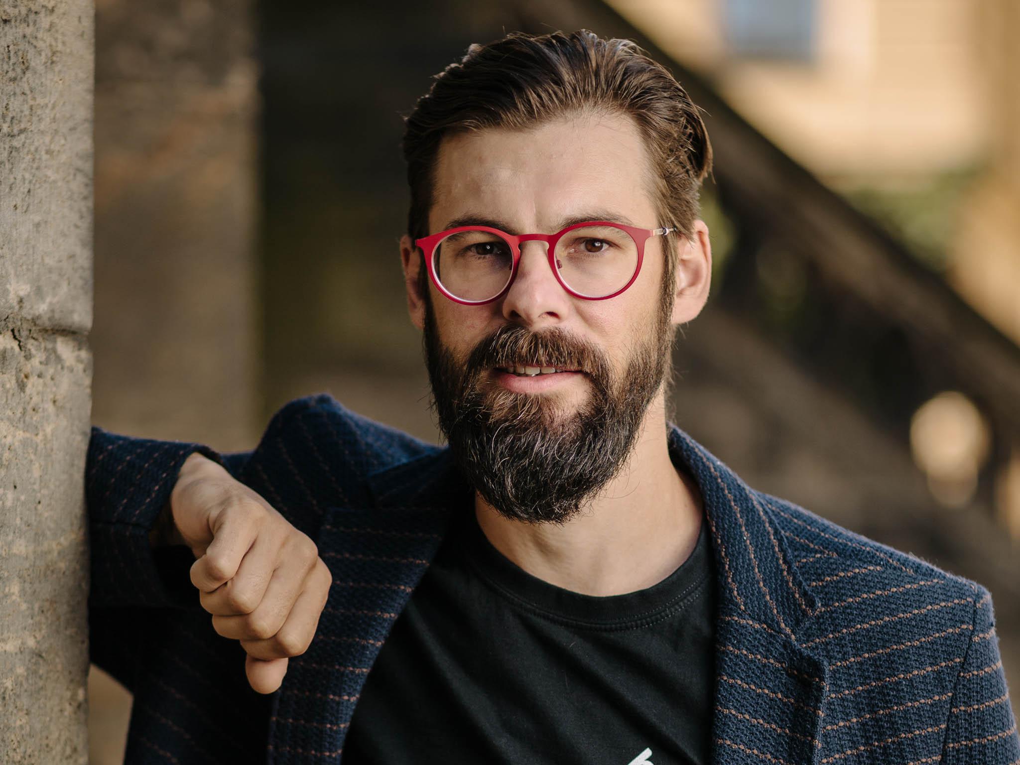 ZČVUT dosázkového byznysu: Čtyřicetiletý vývojář zVodochod JiříNajman začínal před 20 lety se zakázkami nawebové stránky ae-shopy.