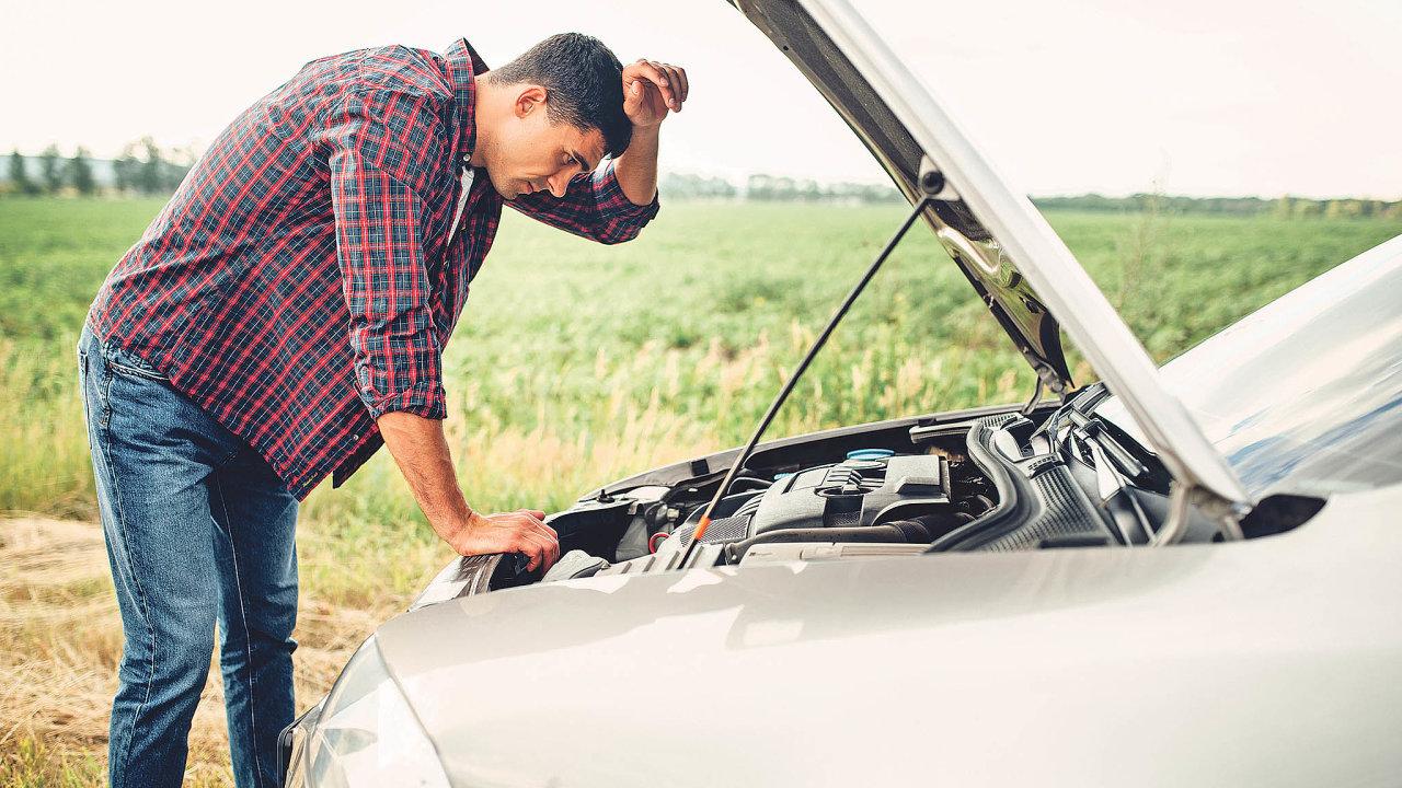 Výrobci často uvádějí nutnost kompletní výměny baterie při jejím sebemenším poškození.