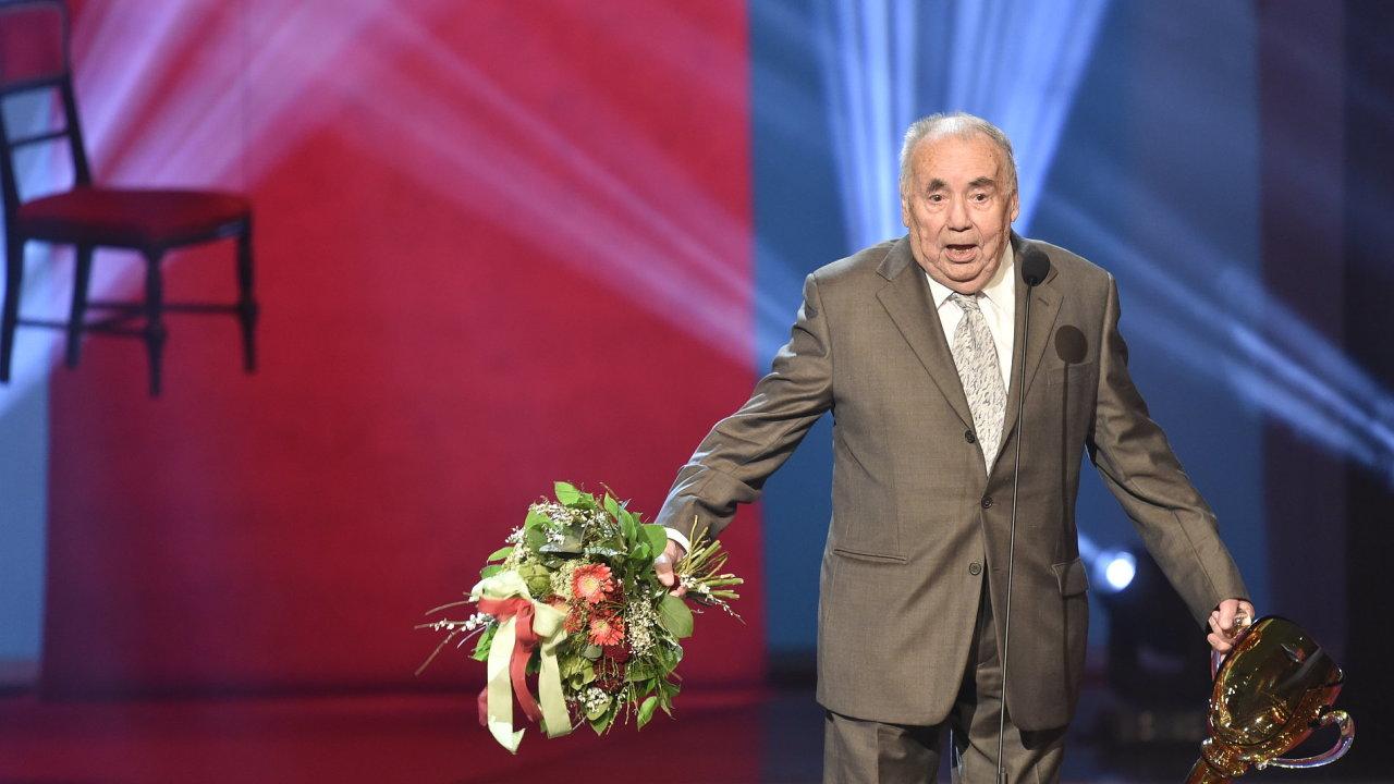Režisér František Filip převzal cenu za šíření divadelního umění v televizi.