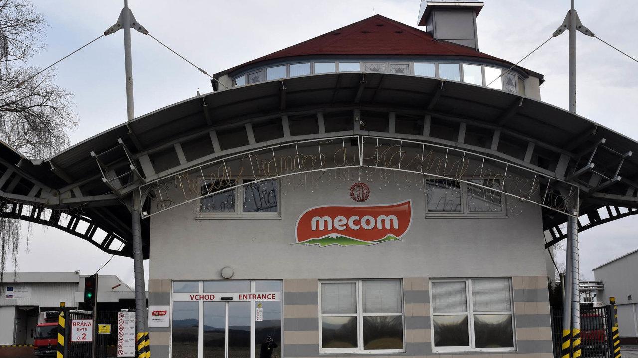 Penta prodá společnost Mecom Group, která sdružuje masokombináty vMaďarsku anaSlovensku, americké firmě Smithfield Foods.