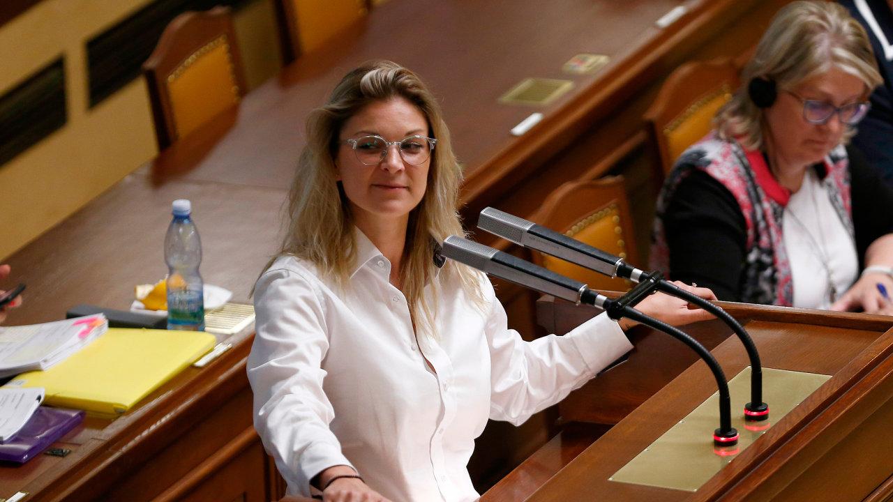 Můžeme to stihnout ještě do říjnových voleb, věří poslankyně ANO Barbora Kořanová, která požaduje rozšíření definice toho, co je znásilnění. Nepopírá, že ji pohání kauza bývalého opozičního politika.