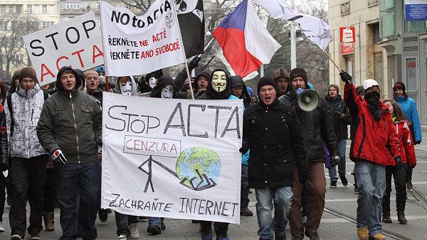 Protesty proti ACTA v Brně.