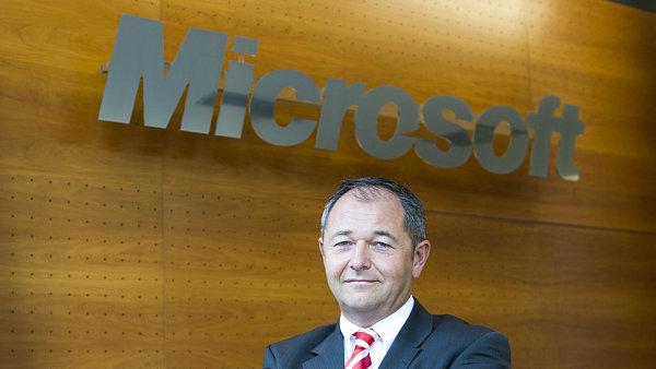 Jan Mühlfeit, stále ještě reprezentant Microsoftu pro Evropu