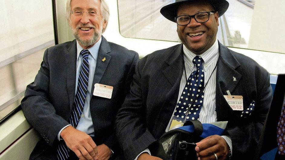 Šéf Grammy Neil Portnow a producent Jimmy Jam jedou lobbovat do Bílého domu.