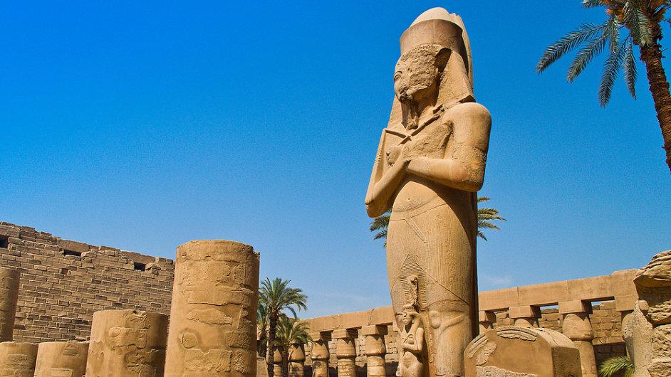 Výlety do chrámů v Luxoru musejí turisté odložit.