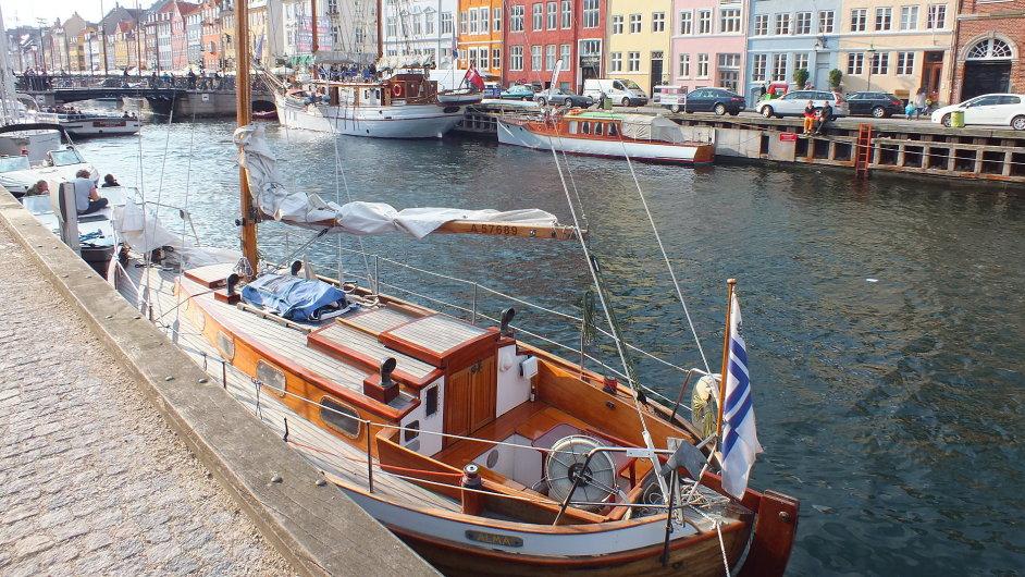Kanál Nyhavn patří mezi nejhezčí části Kodaně.