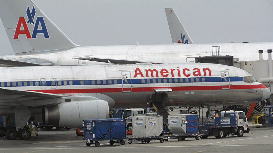 American Airlines se budou moci spojit s US Airways